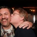 robert_kissing_mark